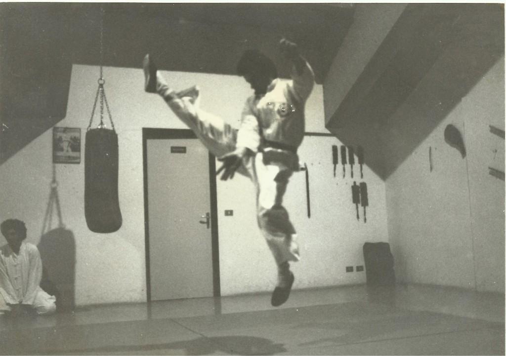 m°converso  1985 kung fu